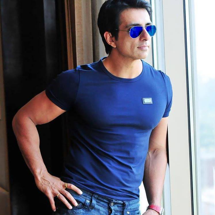 Will continue sending migrants home until the last one reunites with  family: Sonu Sood | Deccan Herald