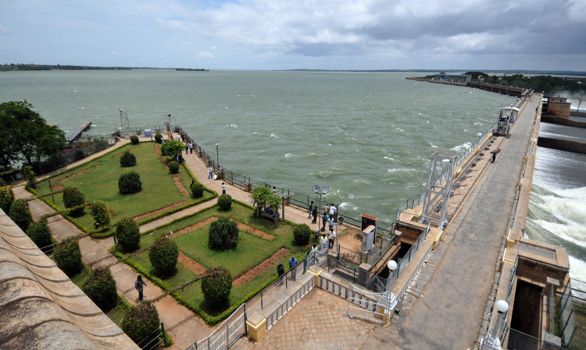 A view of Krishnaraja Sagar dam, in Srirangapatna taluk, Mandya district. dh file photo