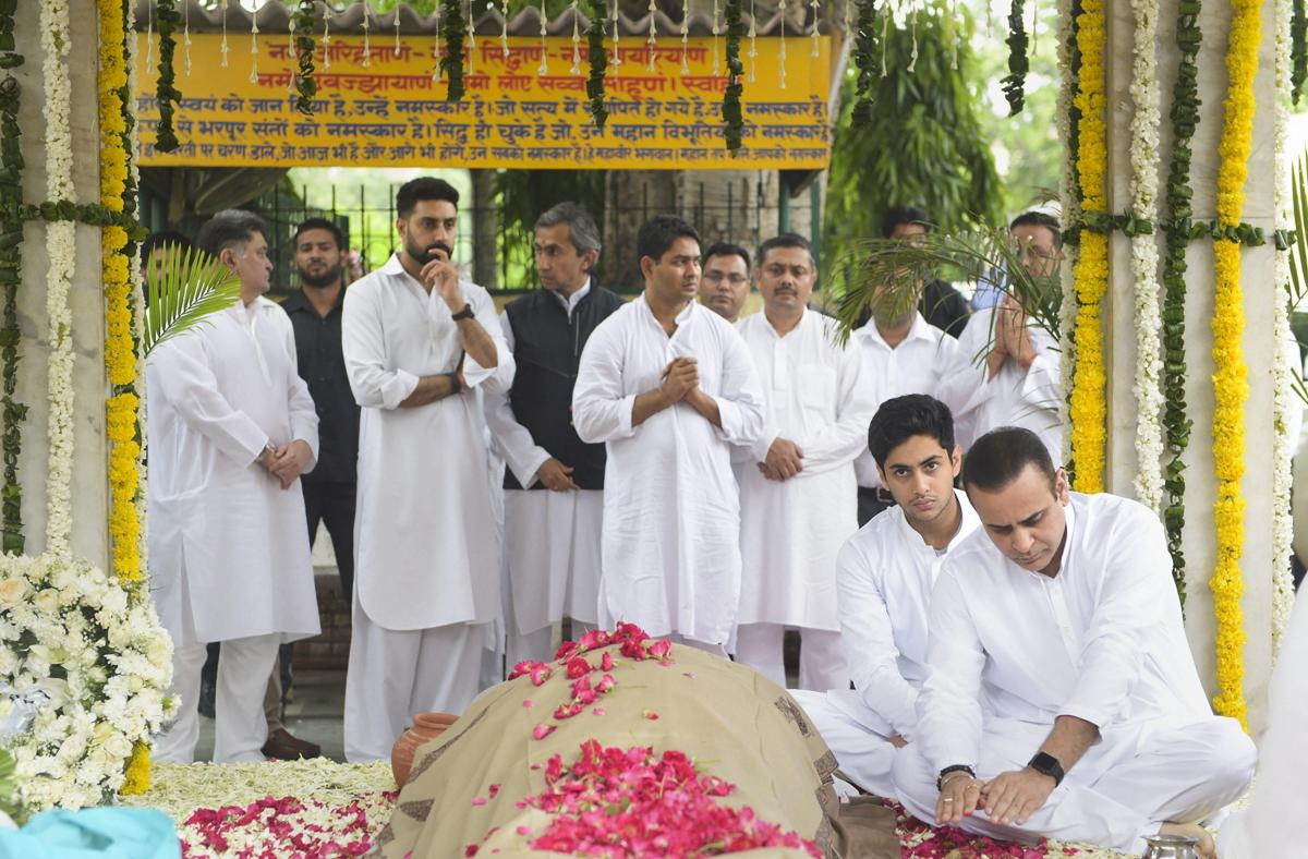 Escorts Group MD Nikhil Nanda attends the funeral of his father and Escorts Group, CMD Rajan Nanda, at Nanda House in New Delhi on Monday. PTI