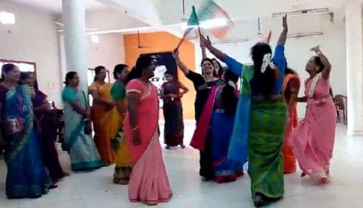 The photograph of Mahila Morcha members dancing at the BJP office in Udupi, which has gone viral.