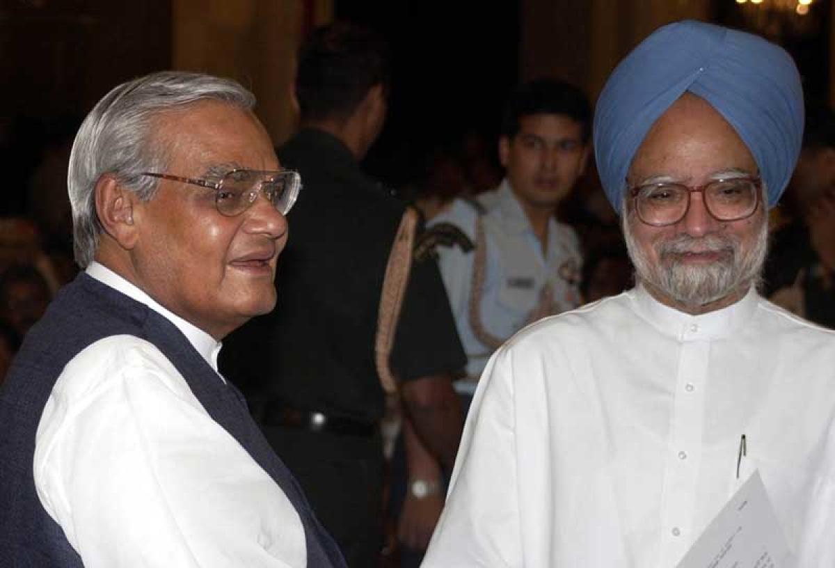 Atal Bihari Vajpayee and Manmohan Singh (File photo)