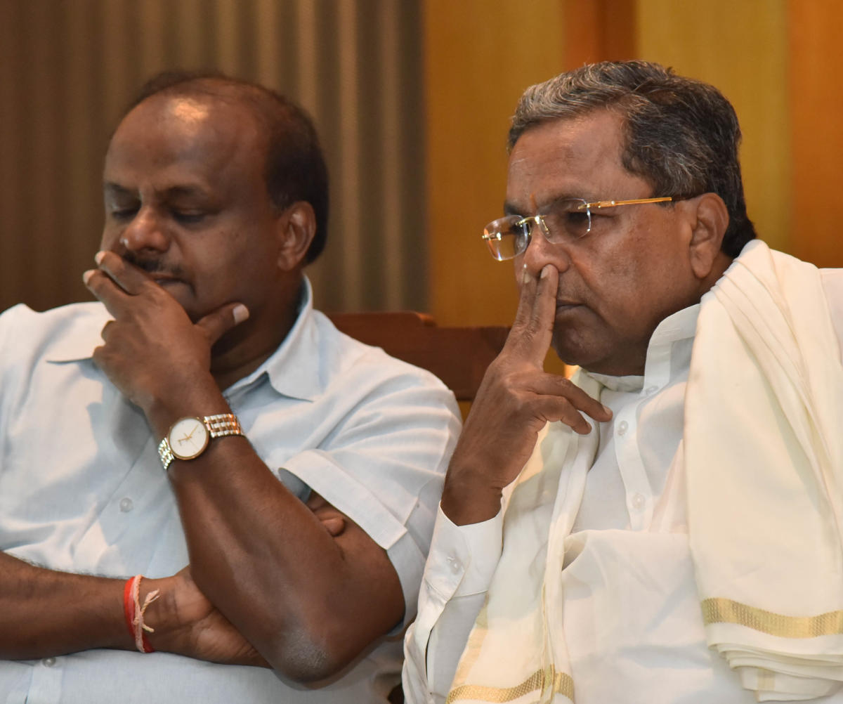 Reacting to the statements of his supporters and the response of Kumaraswamy, Siddaramaiah said, We have to rein in our MLAs. Can the JD(S) leaders control them? So, we will do the needful in our party, he said. (DH File Photo)