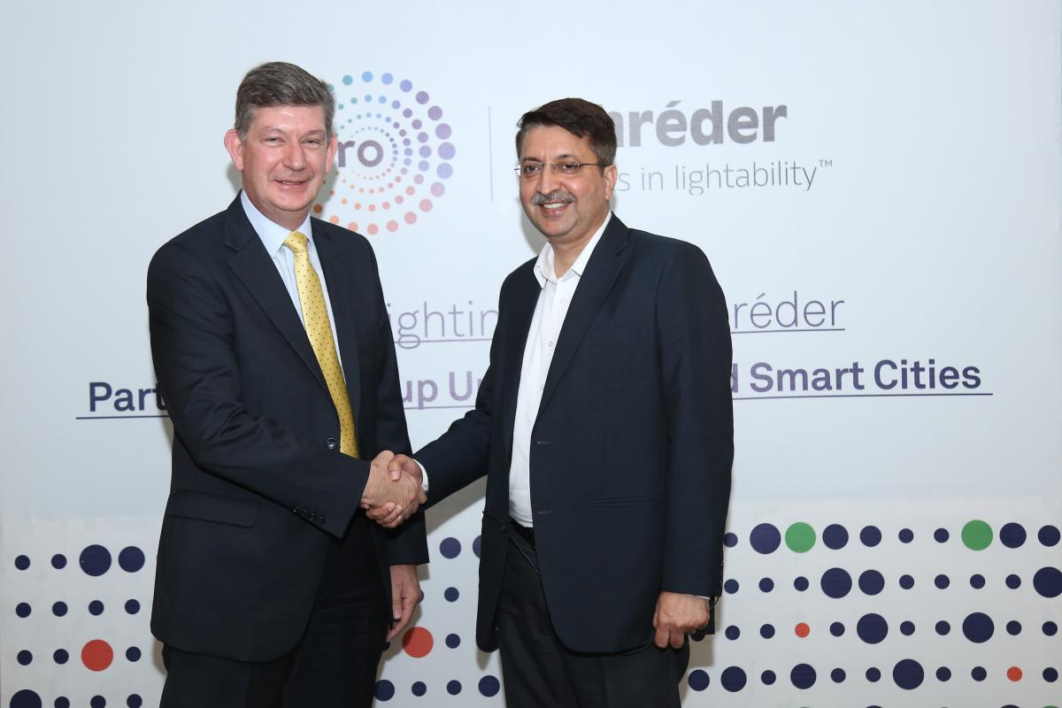 Carl Watson, Chief Regional Officer AMEA, Schréder (L) and Anuj Dhir, Vice President (C&I), Lighting Business, Wipro Consumer Care & Lighting.