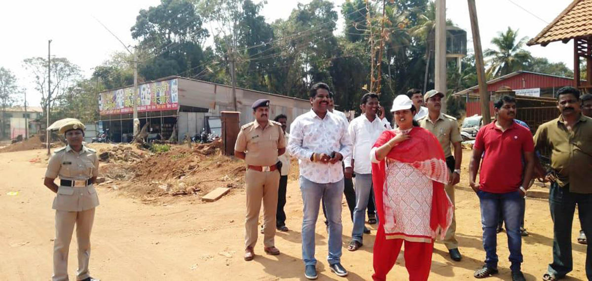 Deputy Commissioner Priyanka Mary Francis inspects the Nation Highway works in Padubidri.