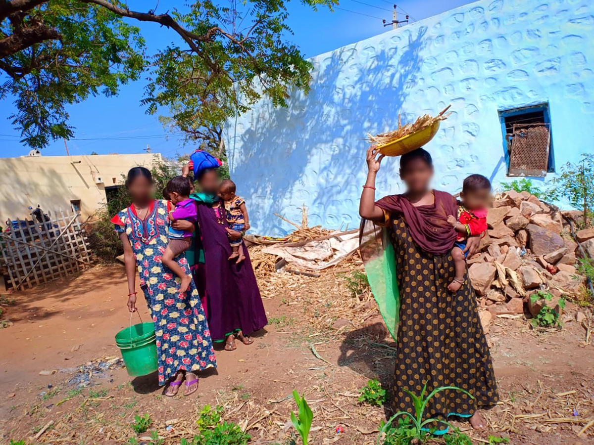 Teenage mothers in a village in Bagalkot district. PHOTO/SHAILAJA