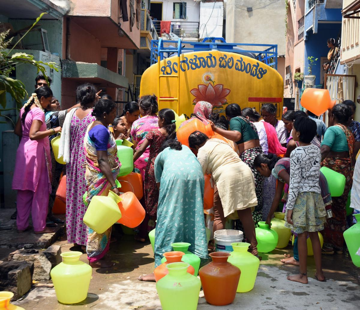 The BBMP has decided to make trade licenses compulsory for private water tankers in the wake of complaints about tanker owners charging hefty prices during summer.