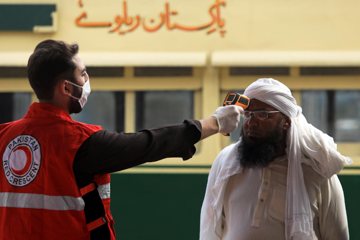 Pakistan records first death from coronavirus as confirmed cases ...