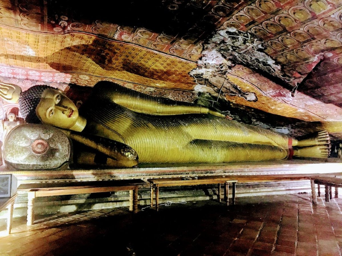 The 'reclining Buddha' in Dambulla Cave Temple