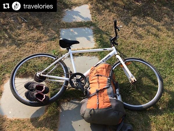 Cycling around Dhanushkodi.