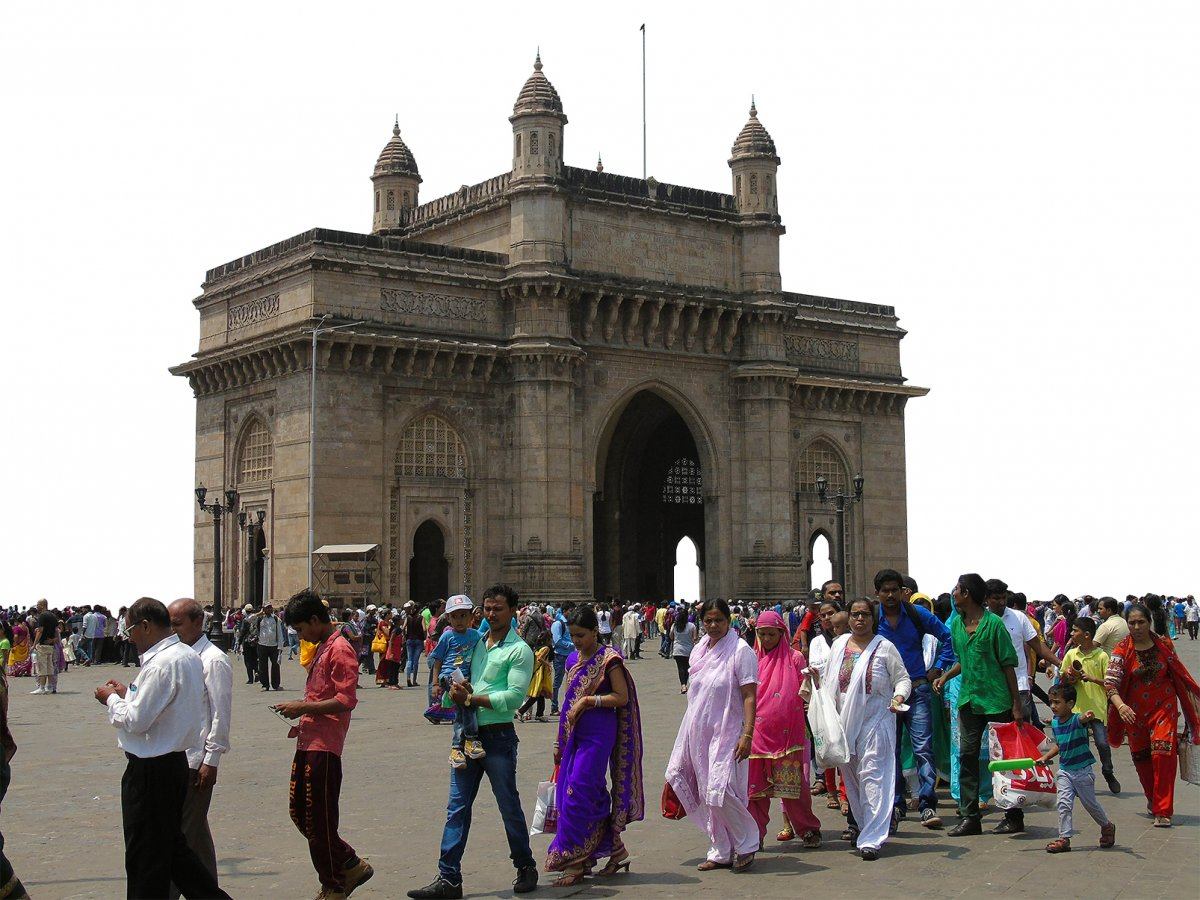 Lining up at the Gateway of India for the boat to Elephanta Island