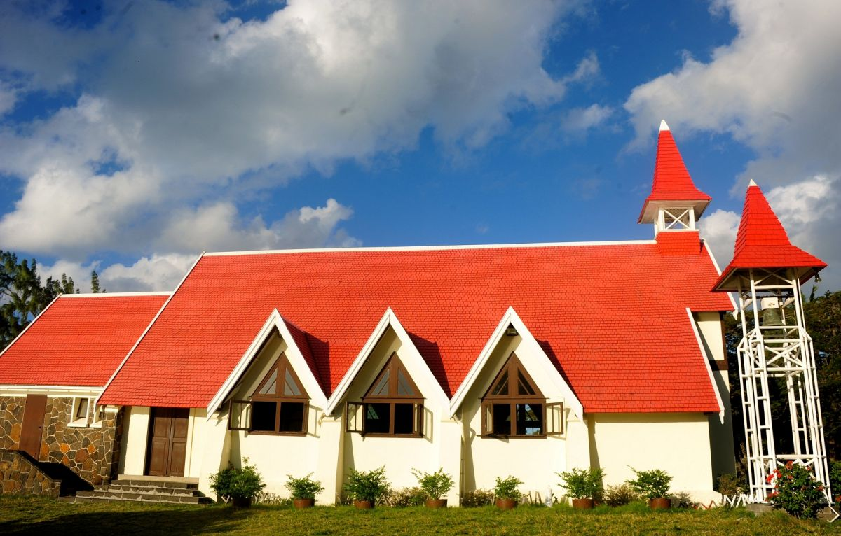 A red-roofed church in Cape Malheureux