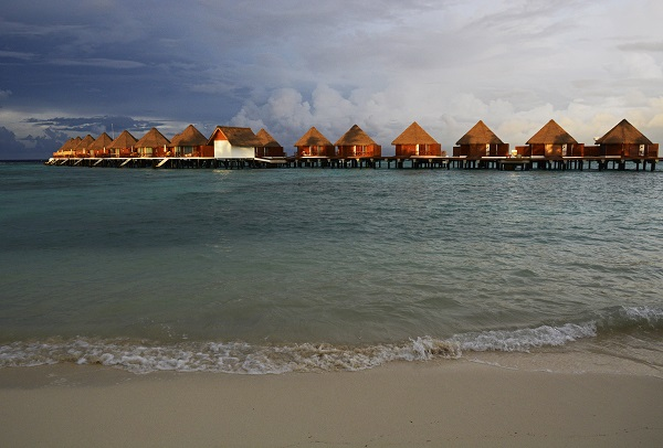 A batch of water villas