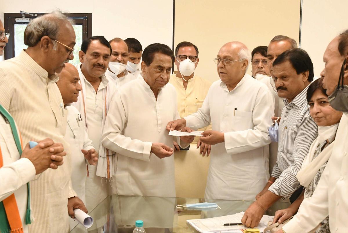 Madhya Pradesh: BJP leader Balendu Shukla joins Congress | Deccan ...