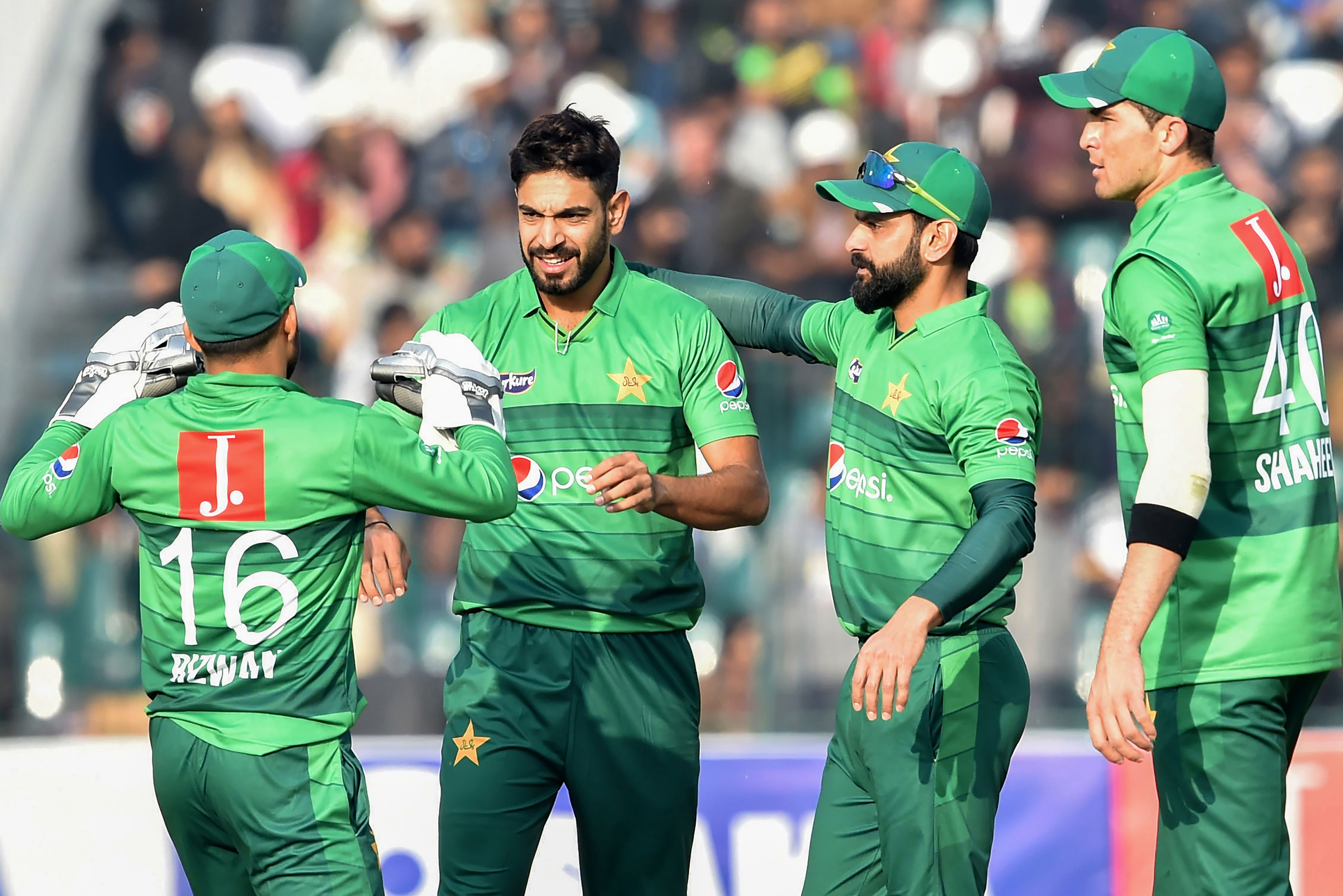 Pakistan cricket team to leave for UK on Sunday, 6 out of 10 infected players test Covid-19 negative   Deccan Herald