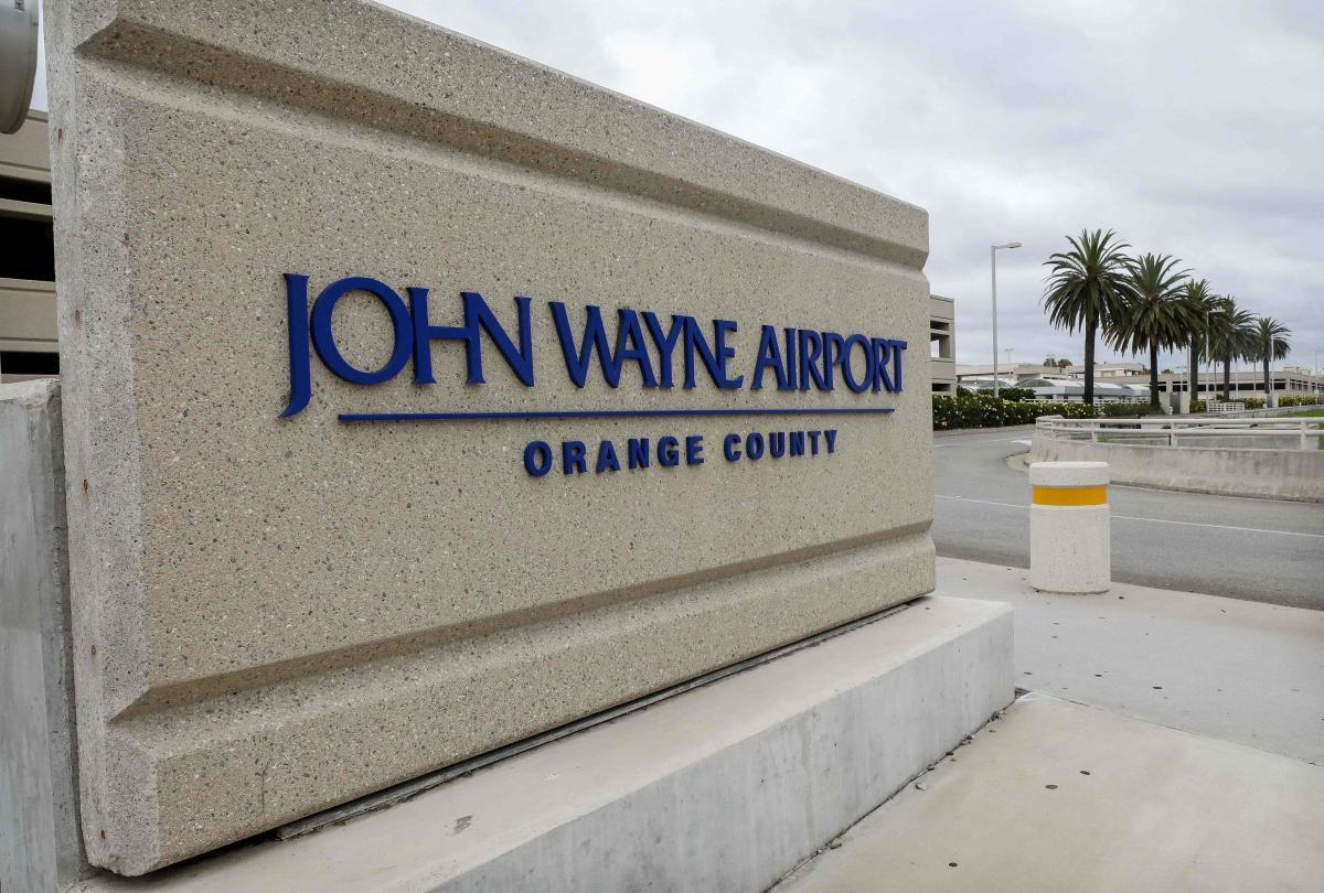 Donald Trump defends John Wayne legacy over airport 'racism' row ...