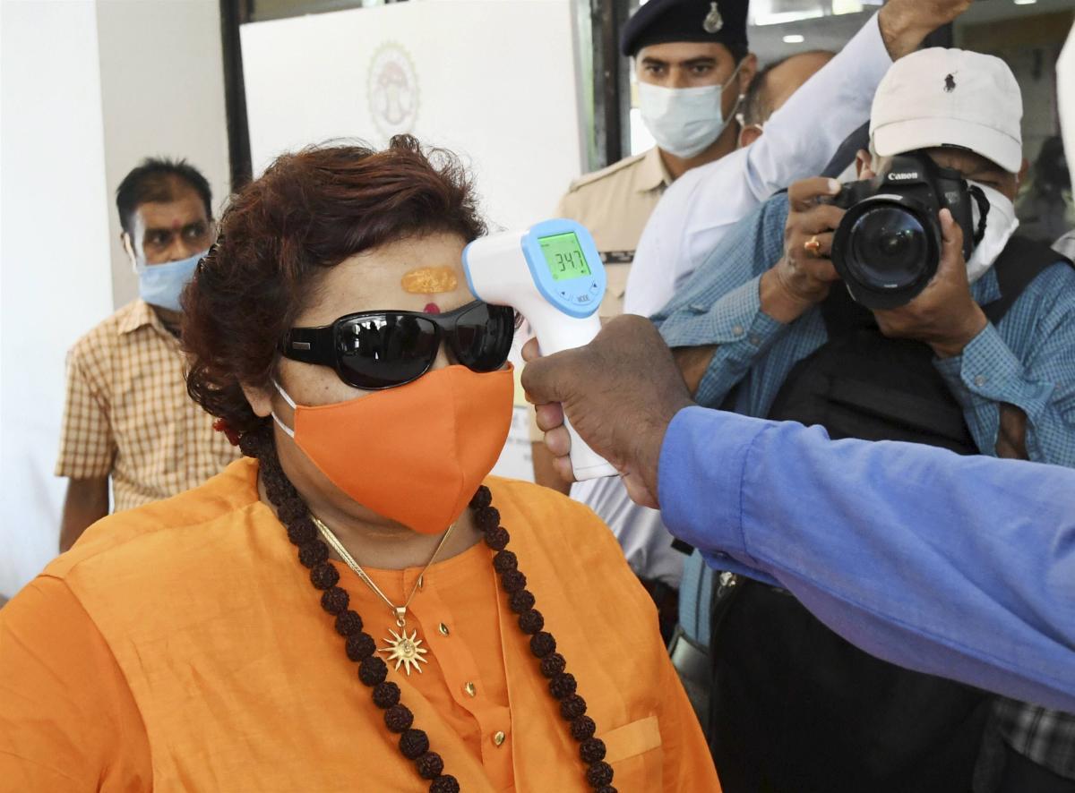 Pragya Thakur 'threat' letter: Cops get 7 days to furnish case diary