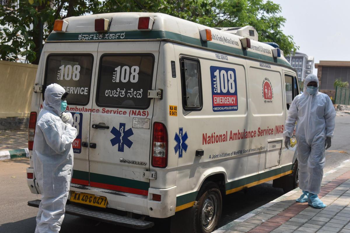 108 Ambulance Drivers Dodge Coronavirus Every Step Of The Way Deccan Herald Call an ambulance dream team animatic. 108 ambulance drivers dodge