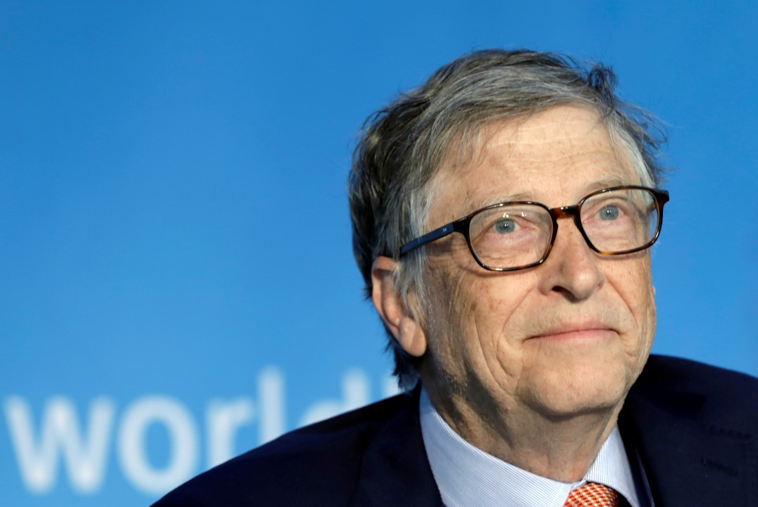 Bill Gates explains why he prefers Android mobile over iPhone