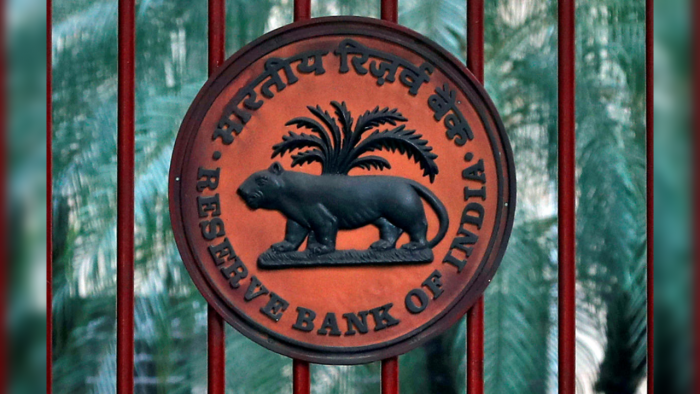 Centre had no outstanding loans from RBI in April 9 week