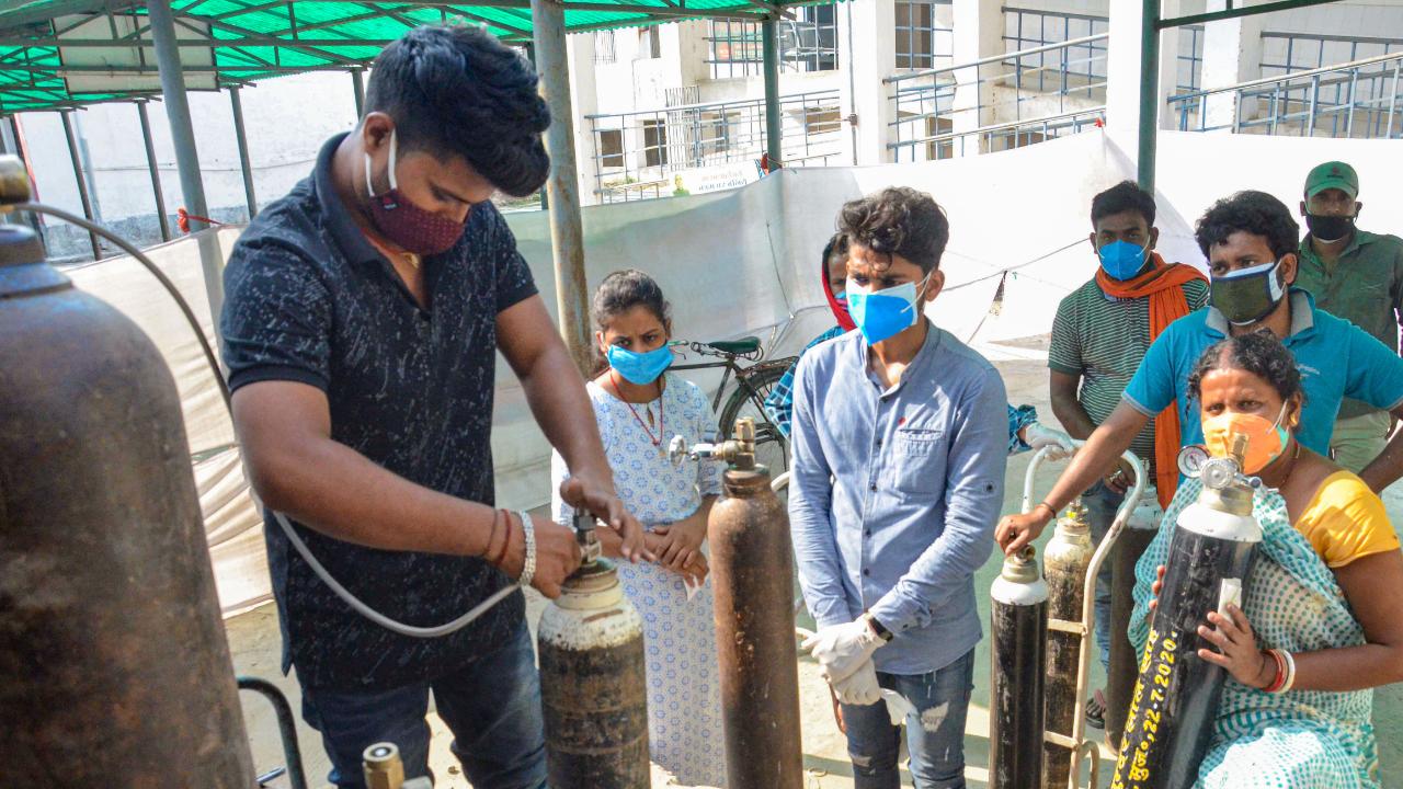 Amid India's Covid-19 crisis, a community mobilises