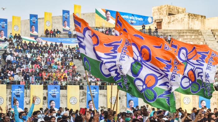 BJP's north Bengal leader set to join TMC