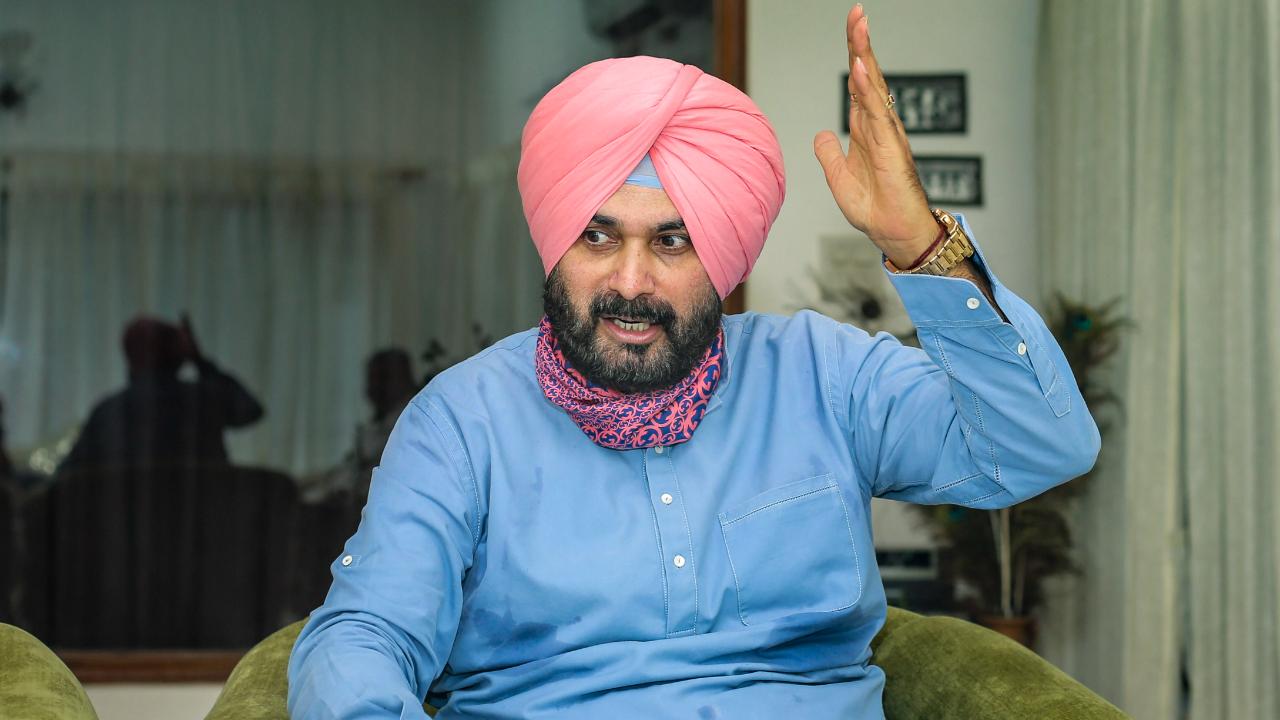Navjot Singh Sidhu in line to be Punjab Congress chief? | Deccan Herald