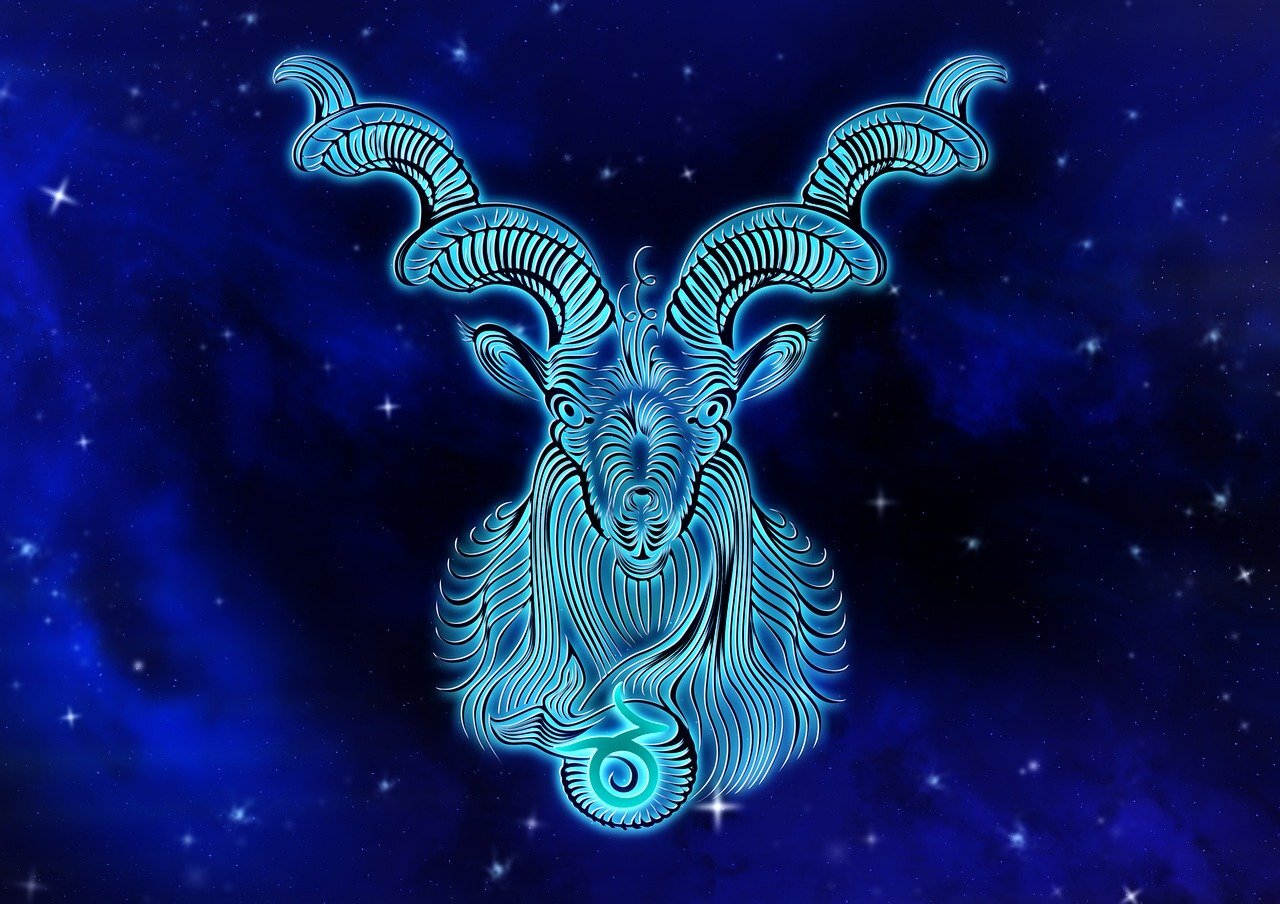 Capricorn Daily Horoscope   August 20, 20   Free Online Astrology ...