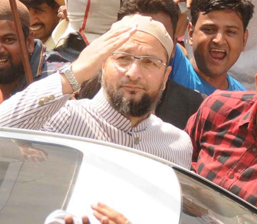 Asaduddin Owaisi announced his party's decision to support the JD(S), adding to the party's growing list of allies which includes the BSP and TRS. DH file photo.