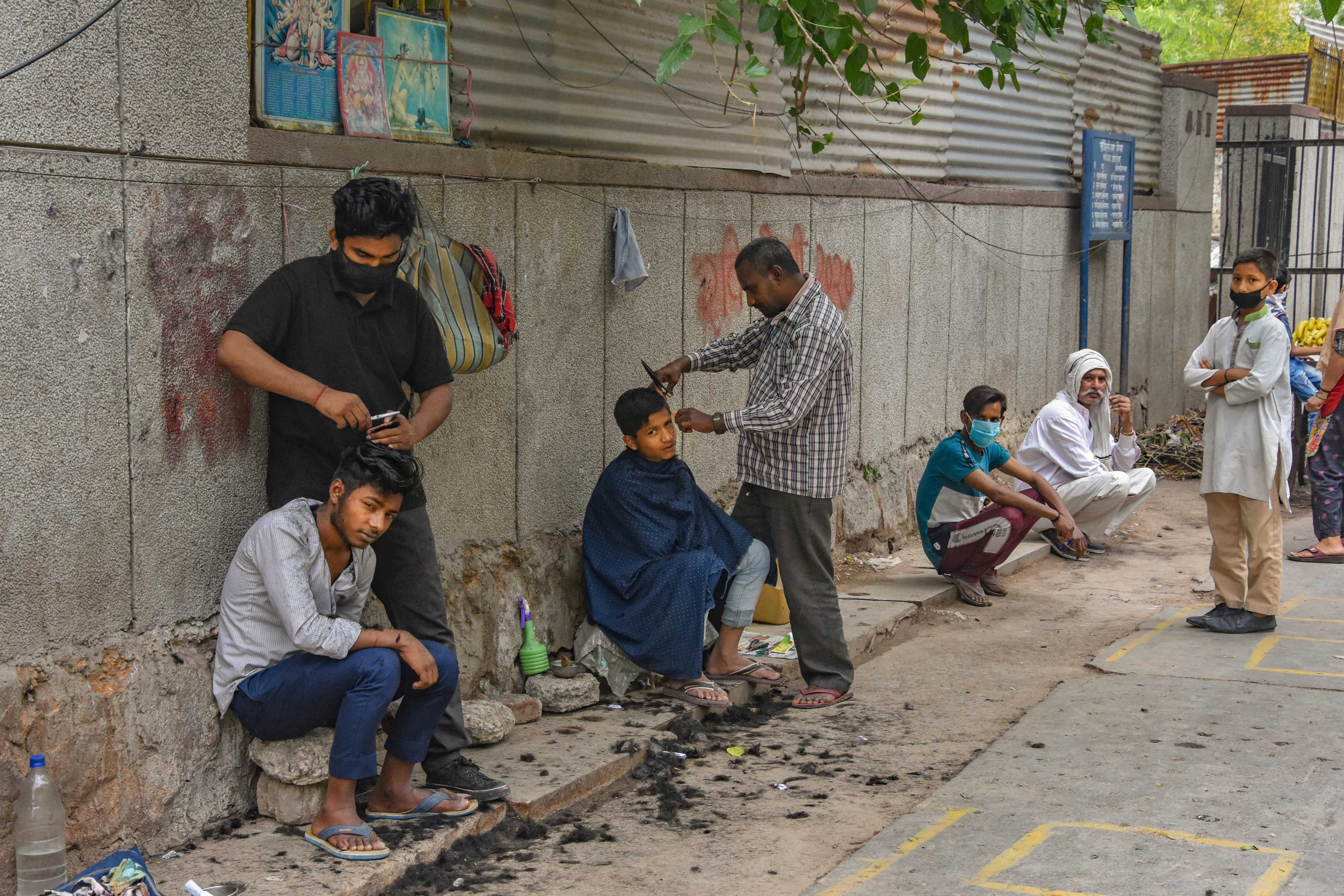 Barber shops, sale of non-essentials by e-commerce ...