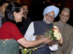 Manmohan Singh all set for another term as PM