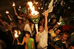 Fans angry after being shunned by victorious Pak team