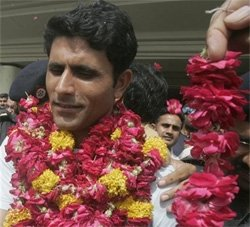 Grand welcome on arrival for World Cup winning T20 team