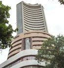 Sensex sheds early gains to end lower on monsoon concerns