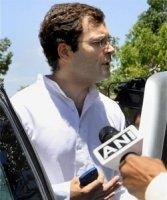 Rahul goes to Amethi, mum over Joshi remarks