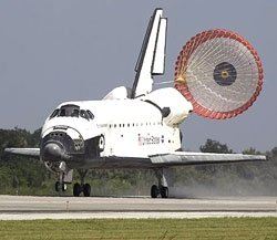 Endeavour returns to Earth