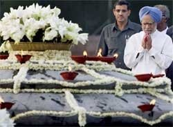 Rajiv Gandhi remembered on his 65th birth anniversary