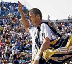 Safin bids adieu to final Grand Slam
