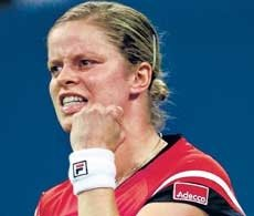 Clijsters waltzs into final