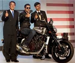 Yamaha launches limited edition VMax superbike at Rs.20 lakh