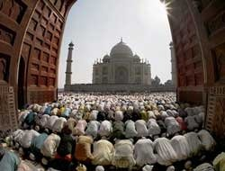 Gaiety, piety and fervour mark Id