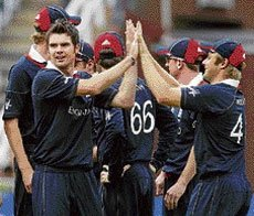 Rejuvenated England stun patchy Lankans