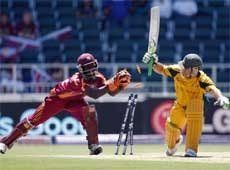 Aussies off to winning start