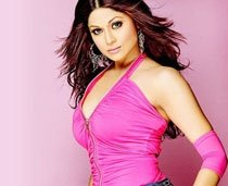 Shamita Shetty, Poonam Dhillon in Big Boss 3