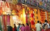 Delhi celebrates Dhanteras, roads choc-a-bloc with traffic