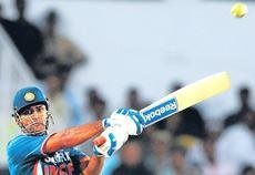 Dhoni classic studs Indian victory