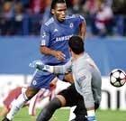Chelsea, Man U enter knockout