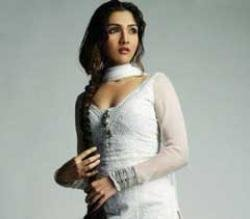 I won't like to debut with a newcomer: Govinda's daughter