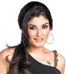 Raveena retains her 'mast mast' charm