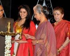 Waheeda Rehman inaugurates 40th international film fest