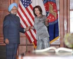 Pelosi invites Manmohan to address Congress